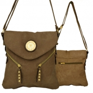 F6360 - BROWN LEATHER STUD CHAIN / SHOULDER BAG